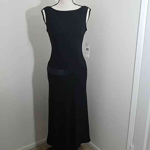 Jones Wear Dresses & Skirts - Jones Wear Black Dress